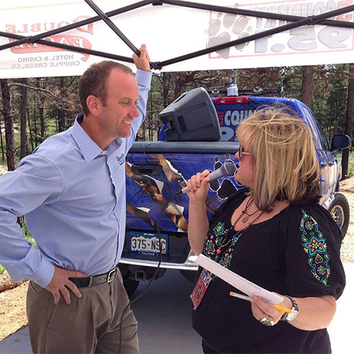 CAT Country 95.1 at Stauffer & Sons Parade Home