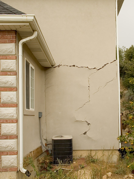 expandable soils cracked walls