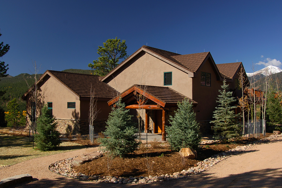 Photo gallery luxury ranch home in sange de cristo for Ranch style homes in colorado